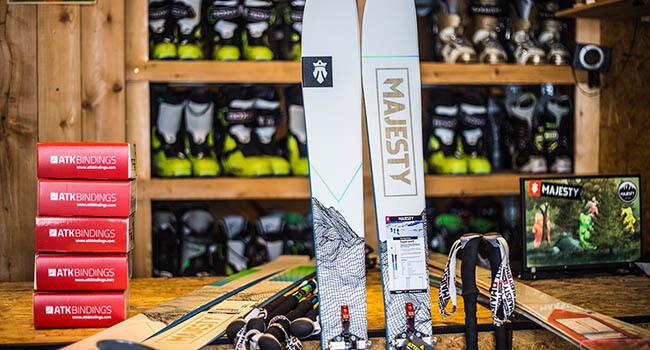 Narty skitur i buty dla profesjonalistów